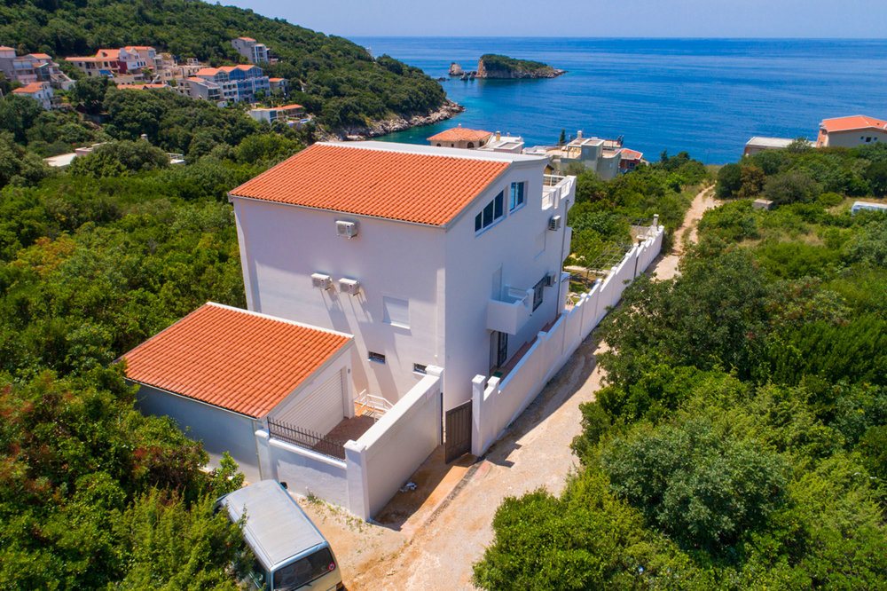Seaview house for sale in Bar