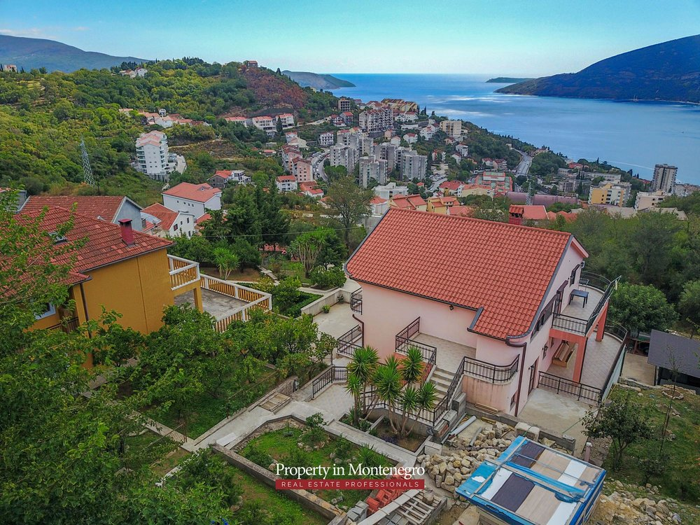 Seaview-house-for-sale-in-Herceg-Novi (8).jpg