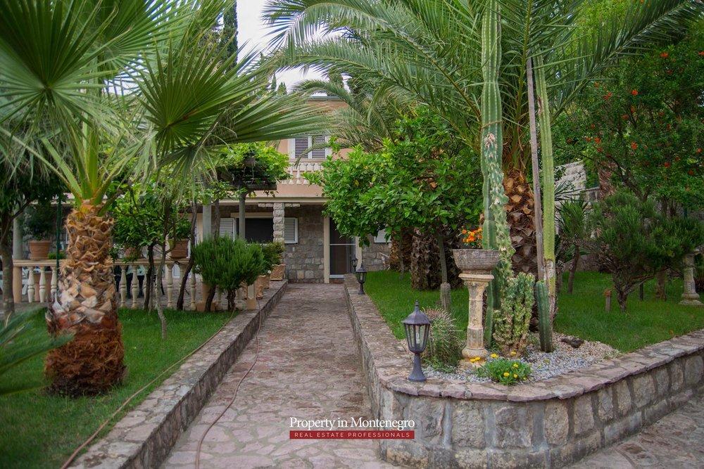 Cottage for sale in Herceg Novi