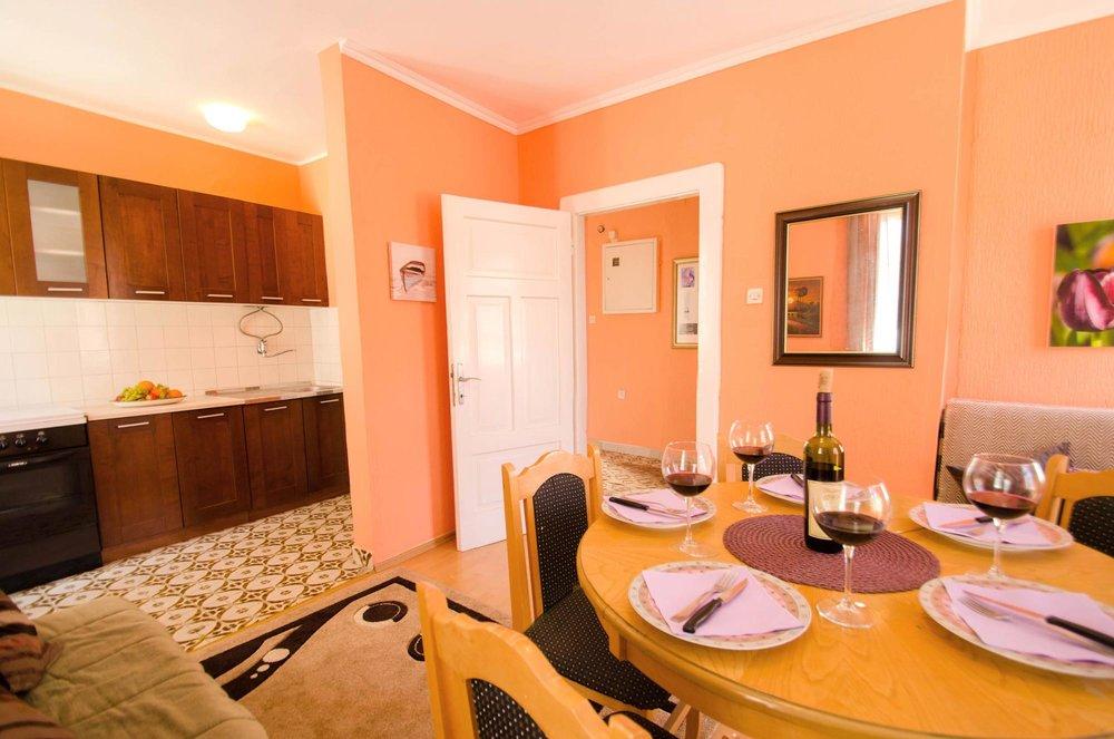 House-for-sale-in-Herceg-Novi (2).jpg