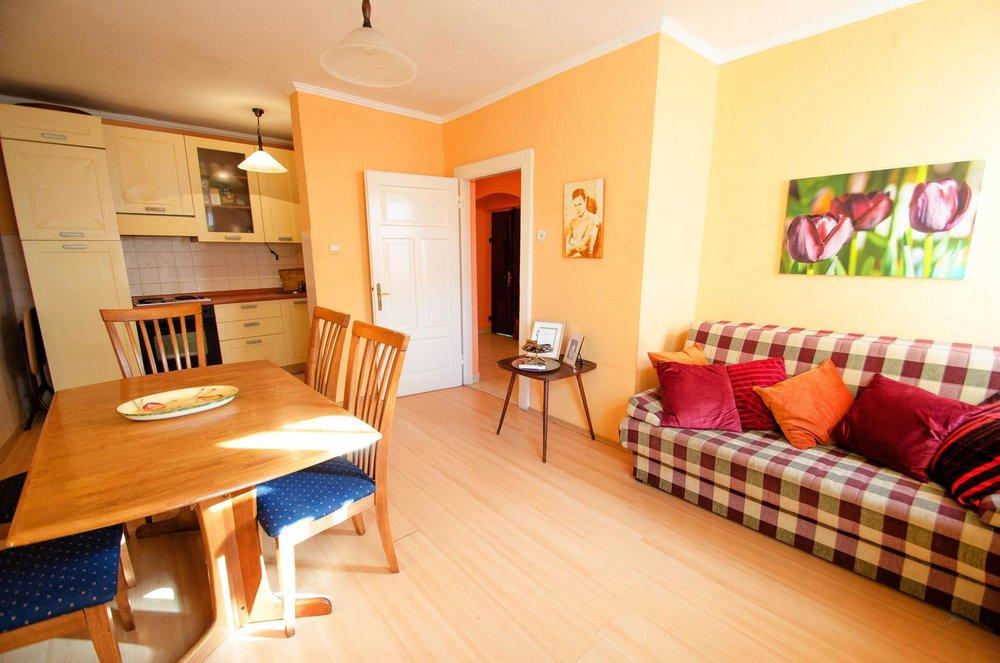 House-for-sale-in-Herceg-Novi (10).jpg