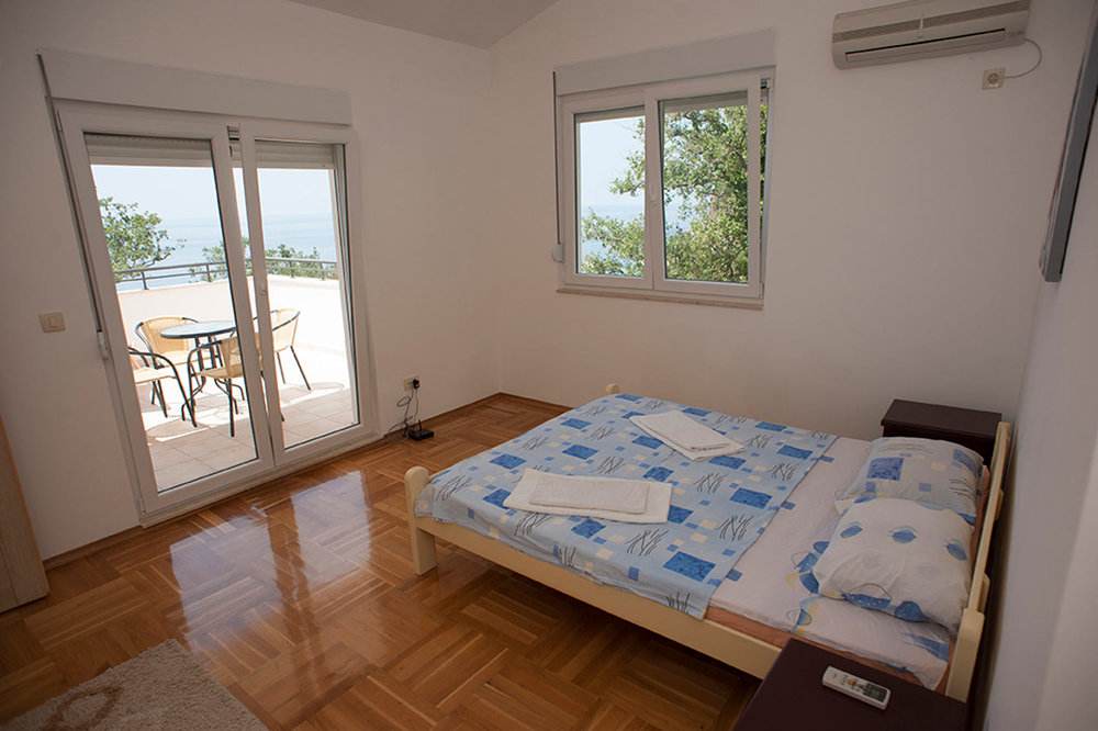 villa-for-sale-in-Budva (70).jpg