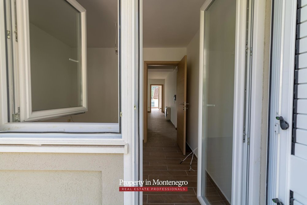 two-bedroom-apartment-for-sale-in-Tivat (8).jpg