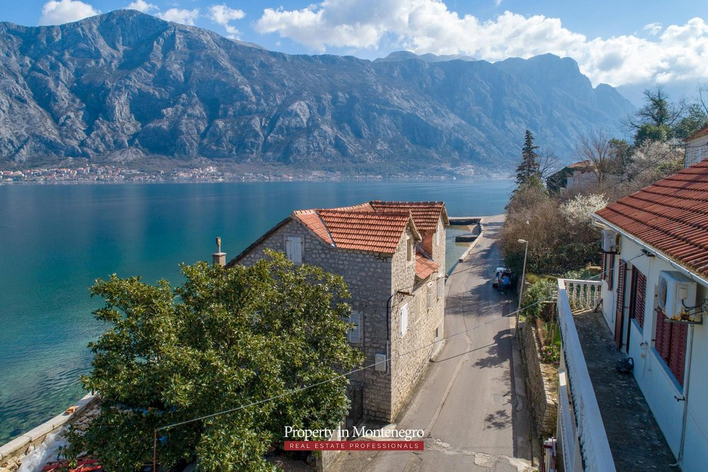 Waterfront-stone-house-for-sale-in-Kotor (7).jpg