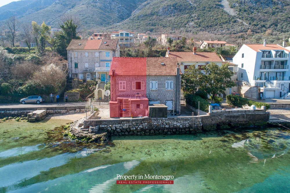 Waterfront-stone-house-for-sale-in-Kotor (8).jpg