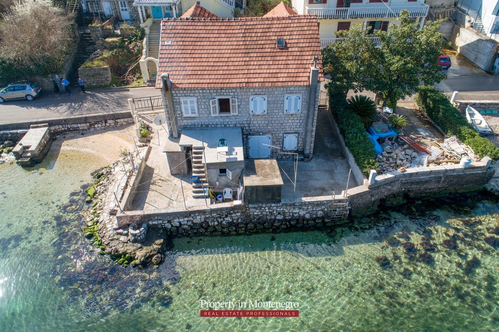 Waterfront-stone-house-for-sale-in-Kotor (9).jpg