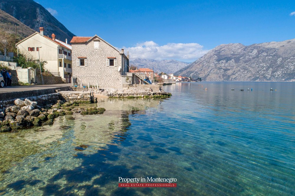 Waterfront-stone-house-for-sale-in-Kotor (17).jpg