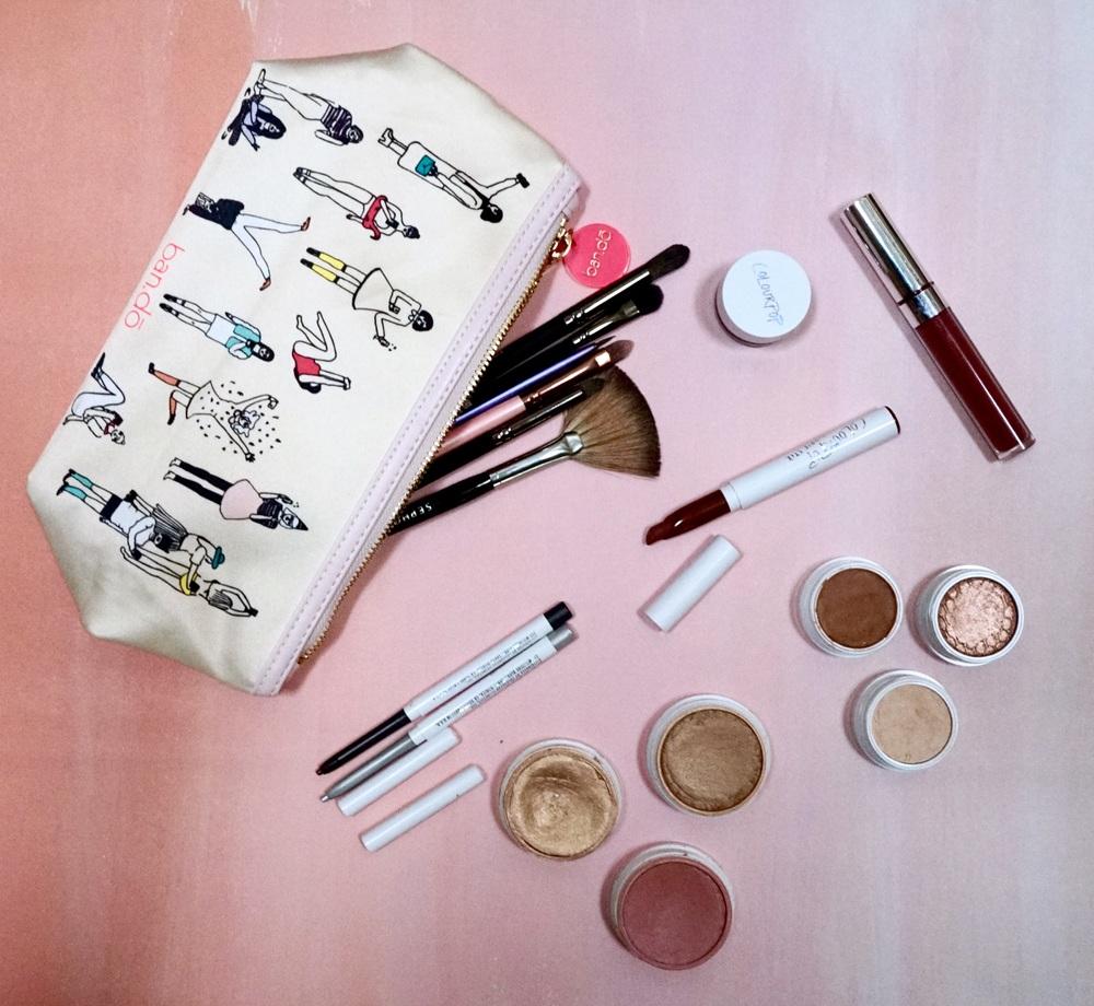 Highlight: Wisp; bronzer: Paradise Cove; blush: Birthday Suit; eyeliners: Kicker & Workout; gel liner: Swerve