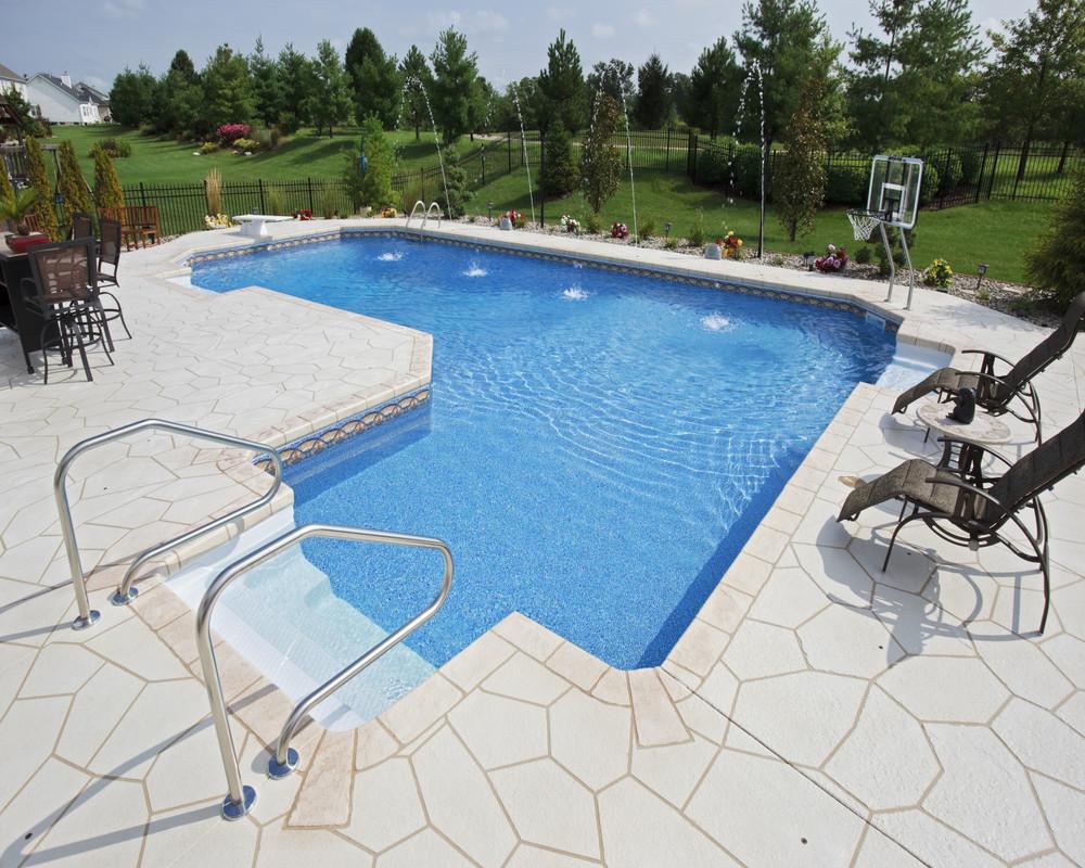 28 - Ell Pool
