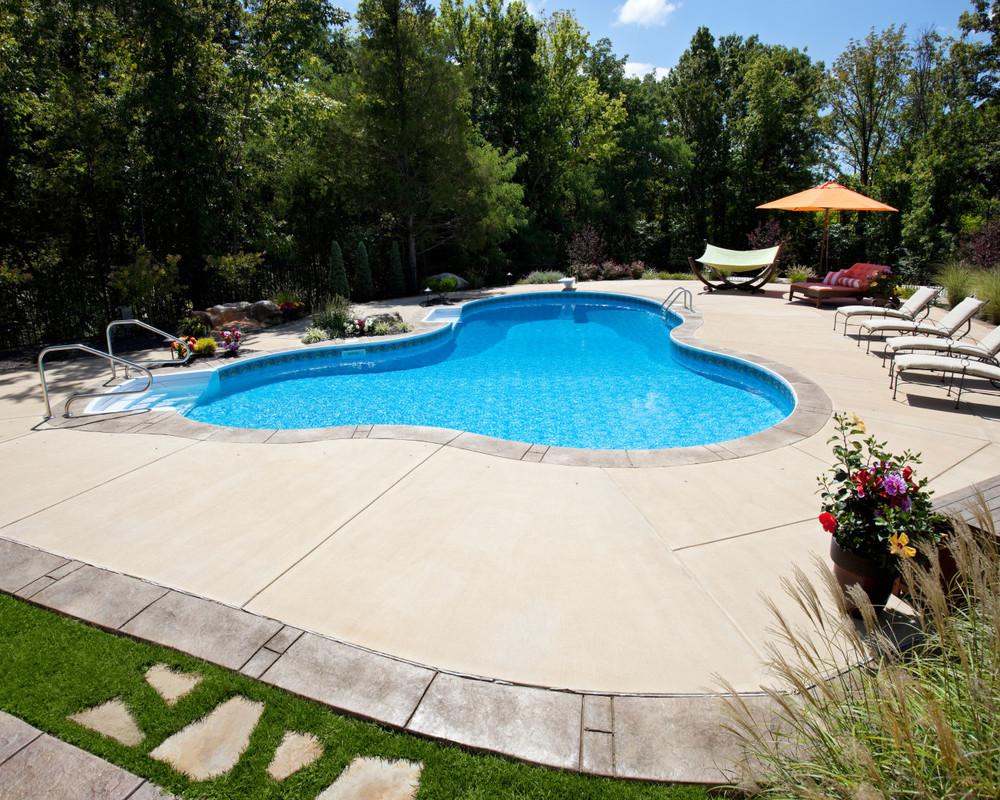 24 - Lagoon Pool