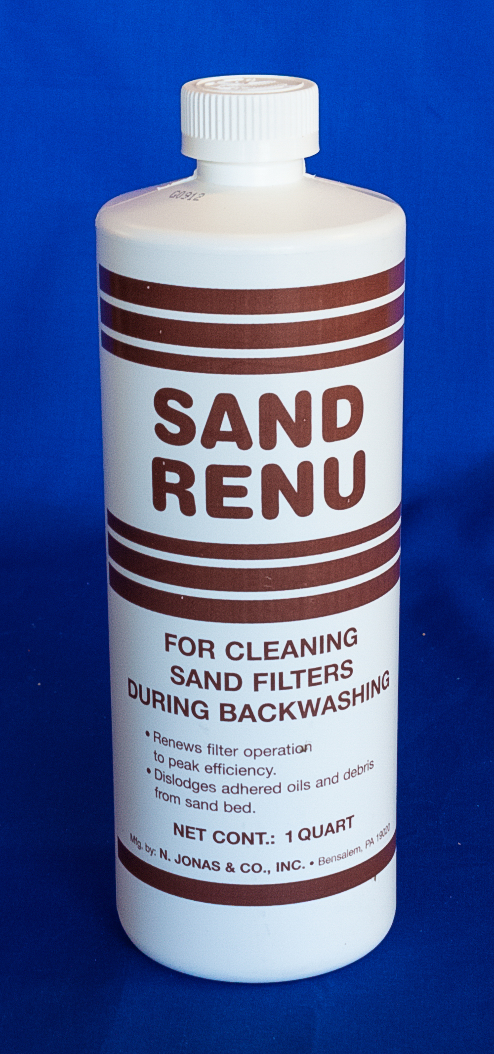 Removing the buildup of particulate matter can be achieved by applying Sand Renu (above) to the initial backwash cycle.
