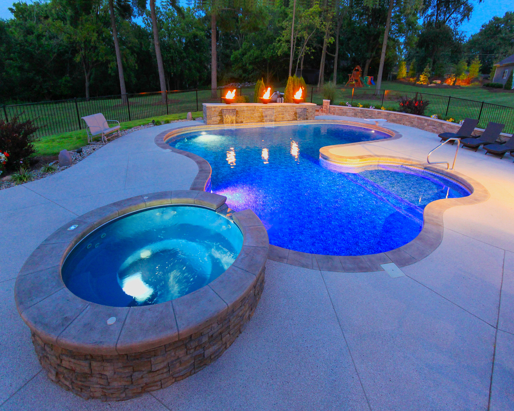 How to deal with water chemistry in inconsistent weather prestige pools spas for How much water is in a swimming pool