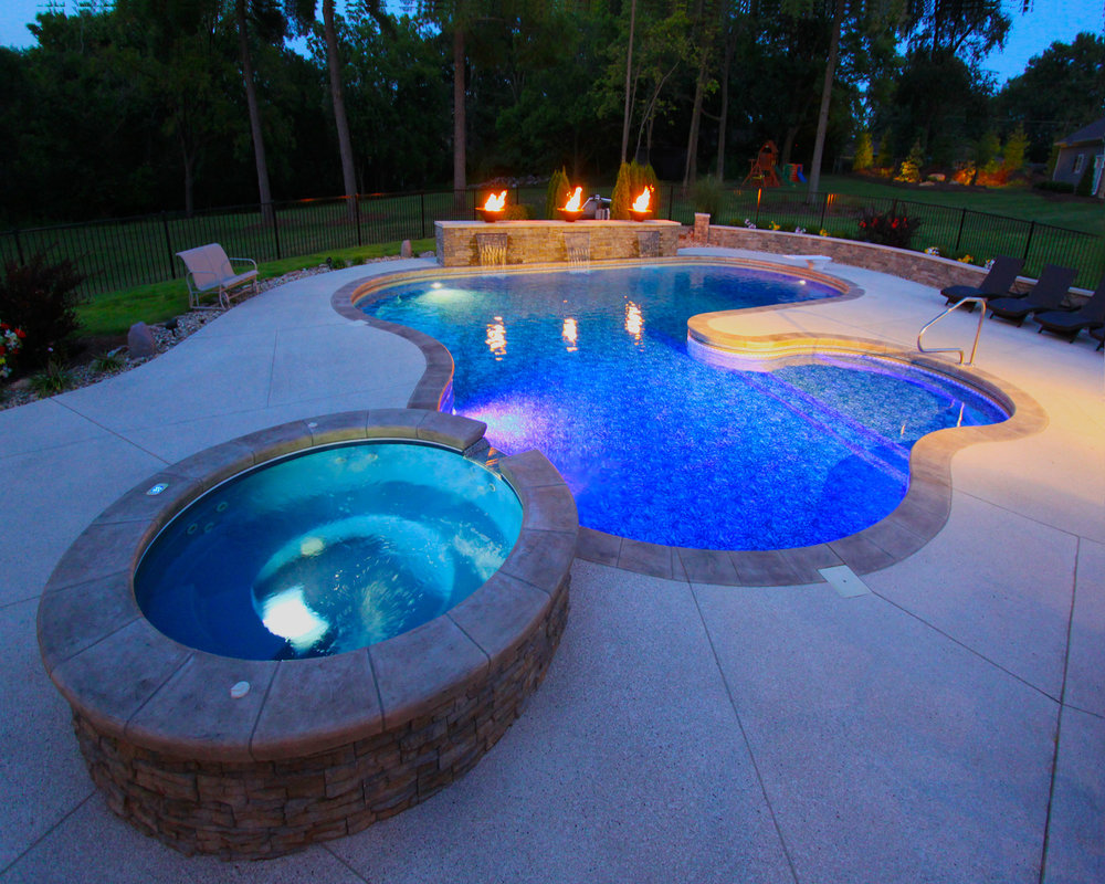 And spillover hot tubs are just some of the features you can add to your in ground pool.