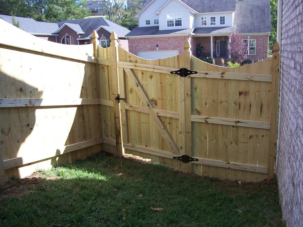 fence 005.jpg