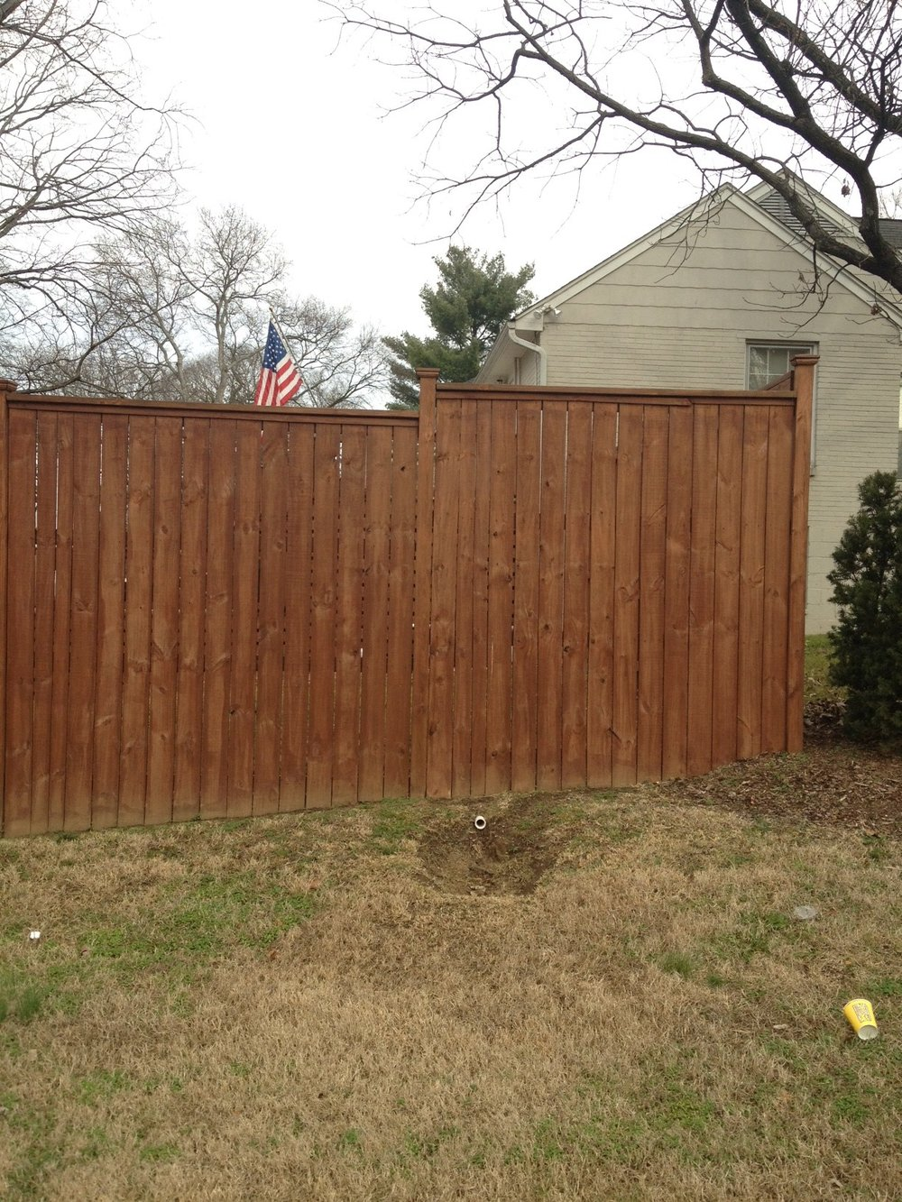WoodmontFenceExample122611.jpg