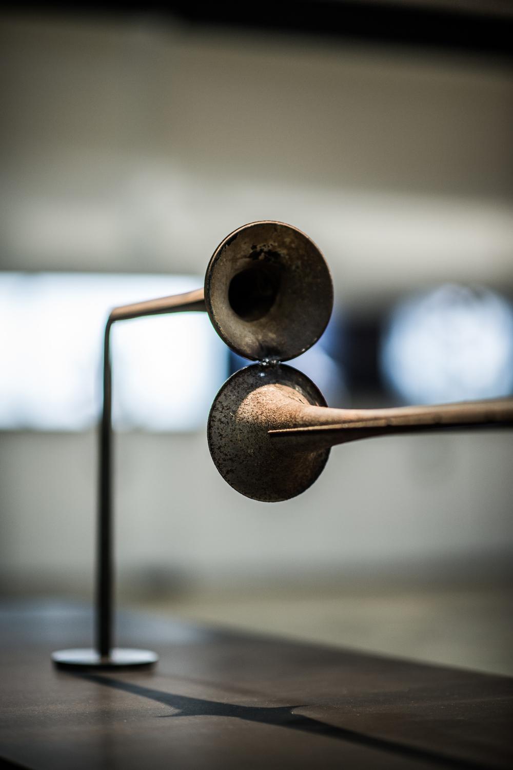 Union de fait , 2015.  [série Dialogues]   Sculpture en acier.  Steel sculpture.   Dimensions variables  Variable dimensions