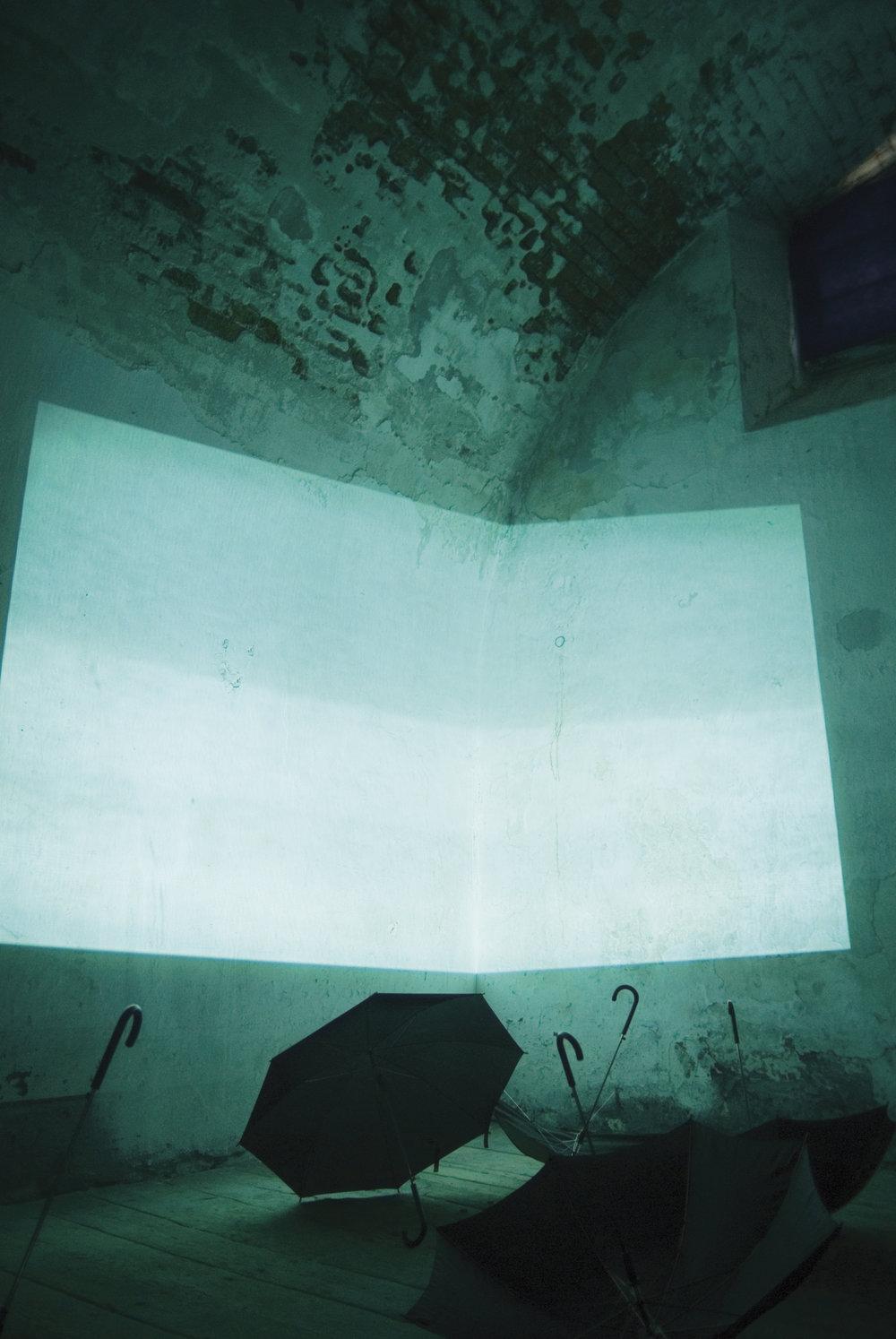 Silent room in_situ - Installation par Skoltz_Kolgenà Transart 2006,Franzensfeste Fortezza, Bolzano, Italia