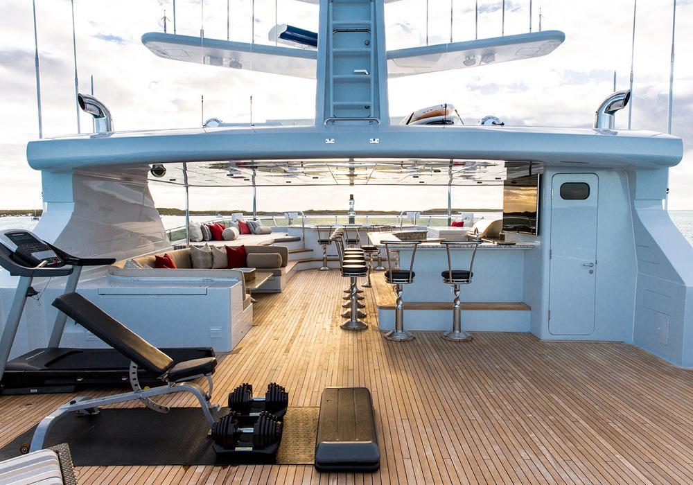 162'-Christensen-REMEMBERWHEN-Yacht-Photo-27.jpg