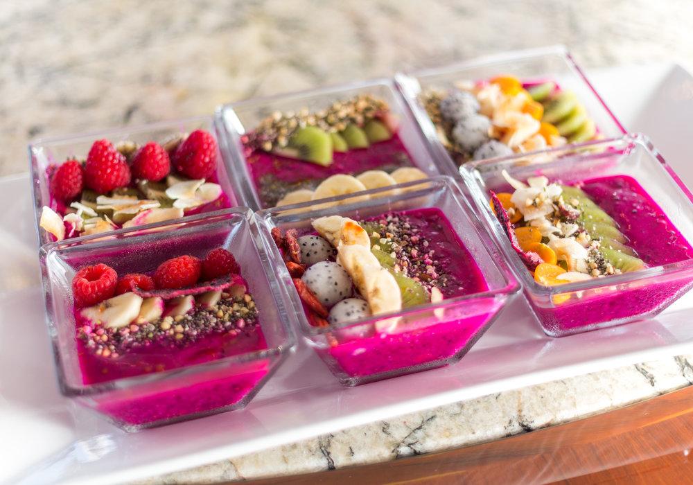 Pitaya breakfast bowls.