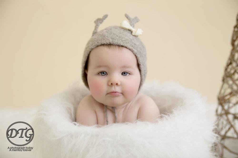 Child Baby Photographer Renfrewshire