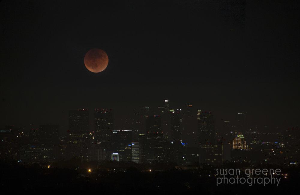 blood moon los angeles