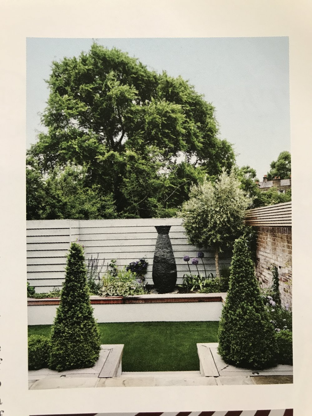 HOuse and Garden Charlie Day