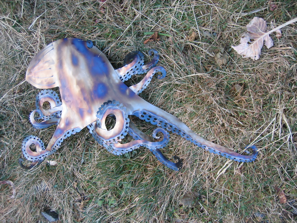 Steel Octopus Advancing