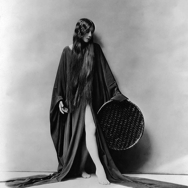 . .. Witchcraft (also called spellcraft) broadly means the practice of, and belief in, magical skills and abilities that are able to be exercised by individuals and certain social groups. .. At what point, through what lens, was this considered negative? . Photo of Olive Ann Alcorn. Circa 1920's. . #sistersofthetide #sacred #sisterhood #sistercircle #womenunite #womensgathering #womenpower #witchcraft #witchesunite #oliveannalcorn #celestial #sacreddance #dancerbody #dancer #weave #skillshare #upliftskillsharegathering #basketweaving