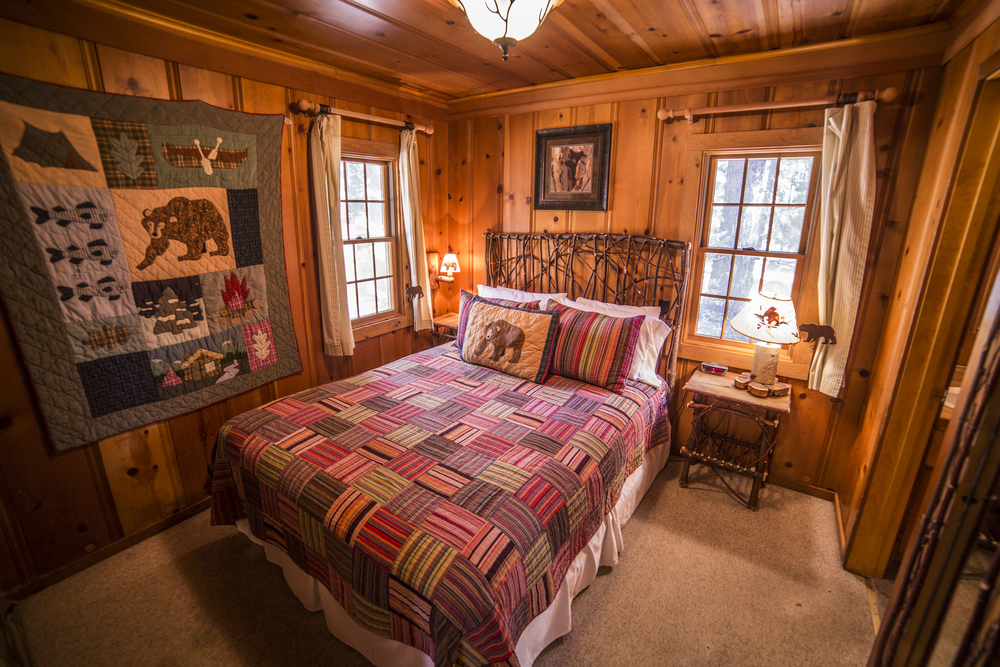 Bears Den Cottage Inn Room