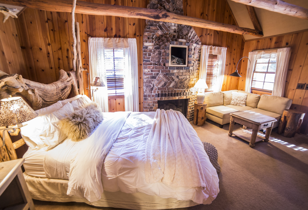 Romantic Hideaway Cottage Inn Room