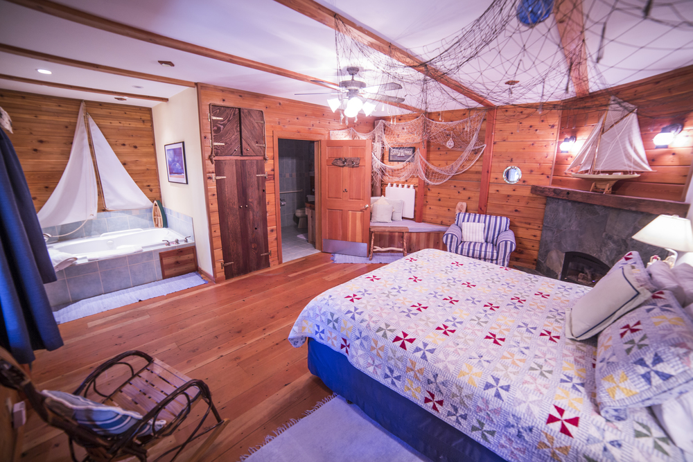 Sail Away Cottage Inn Room