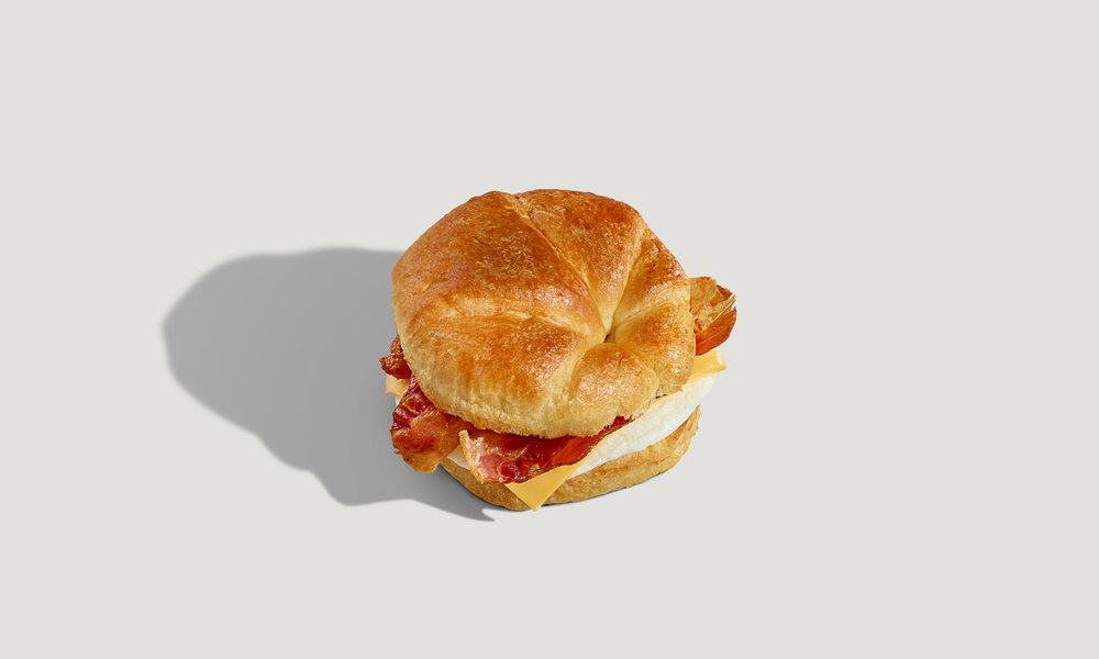 Speedway_IsometricProductPhotography_Croissant.jpg