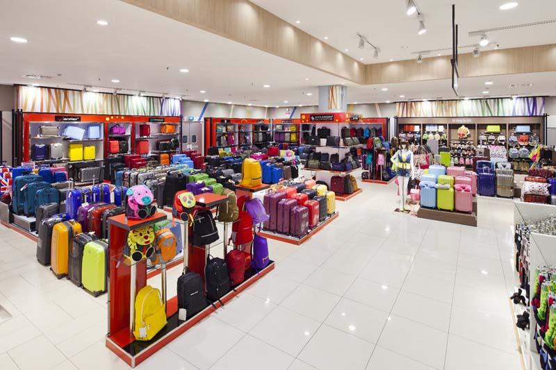 トラベル売り場:四季折々や様々な文化を旅する様をグラフィックで表現。