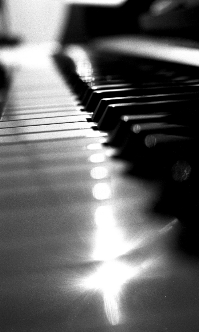 piano 2 copy low j.jpg