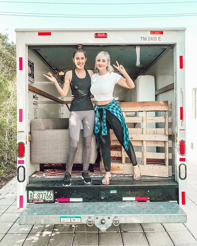"""This is the first time I've been SINGLE as an adult. This is the first time I've driven a UHAUL alone. This is the first time I've had a ROOMMATE other than my ex. . Sometimes firsts are fun. Sometimes firsts are terrifying. And sometimes, they start out as terrifying and turn into fun. . Driving a UHAUL alone in LOS ANGELES is probably one of my top 10 fears in life 😂, so I would consider this """"first"""" to be terrifying. . But I didn't have a choice. I had to do it. There are times when we just have to do scary shit if we want to keep growing. . There's no way around it, the only way is through it. And it's dark and cold and scary as fuck and most people turn away immediately and run back to safety. But... a courageous few tiptoe into the unknown. . THAT'S WHERE I AM 🙋🏼♀️ unknown-land! This quickly become evident when I hopped into the driver's seat of a giant UHAUL and headed straight into LA TRAFFIC. . I was expecting the guy who handed me the key to give a """"HOW TO DRIVE A UHAUL"""" crash course before I took off... but he didn't. . So. I took a deep breath, pretended to be confident, and cheerfully waved at the workers watching me drive away. This is what I call 👉🏻 FAKING IT UNTIL YOU MAKE IT, ladies and gentlemen. . And I DID MAKE IT. I made it all over LA without getting a scratch on me, anyone else, or the UHAUL. Or having a mental breakdown. (Y'all better believe I paid extra for that insurance though.) . I guess the point is that I did something scary... and it turned out to be NOT so scary after-all. It's amazing what we can do when we stop letting FEAR dictate our lives. 🚐 Xo! . Big thanks to my helpers ♥️ @kylelhumphrey @ameliaj87x @daxhill 💪🏻"""