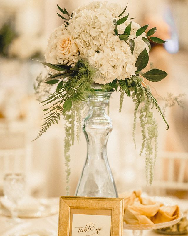 🌷💐🌼 Photography: @kv_photo  Venue: @alexandriaballrooms  Planner: @theksimonegroupevents  Flowers: @mfloralboutique