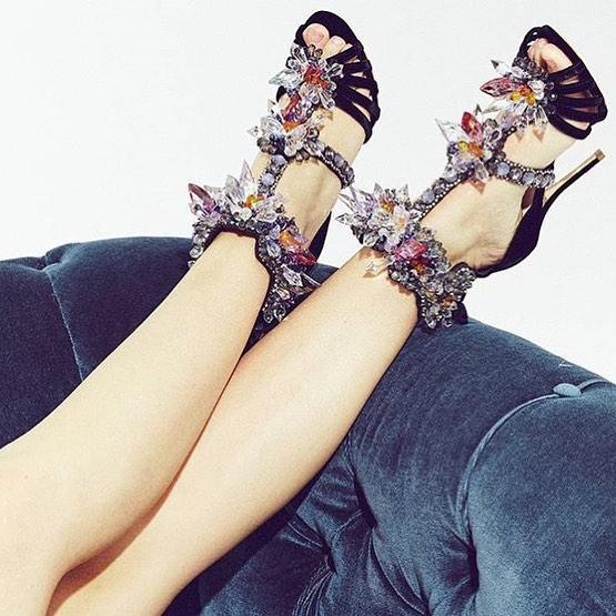 Kick up your heels, it's the weekend 🎉 @sophiawebster