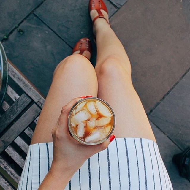 Spring sun & iced lattes ☀️☕️ @juliettebelangerc