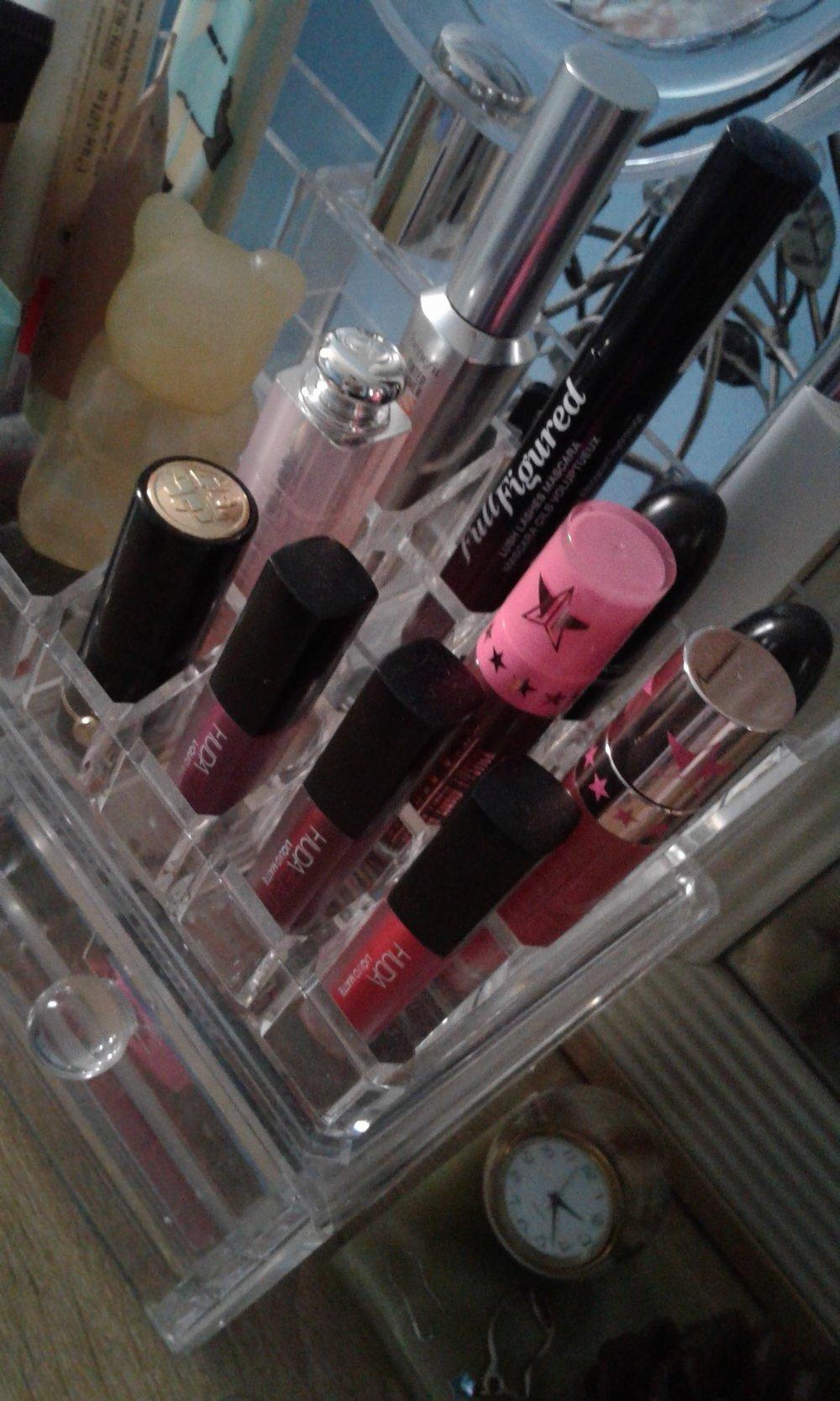 makeup closeup.jpg