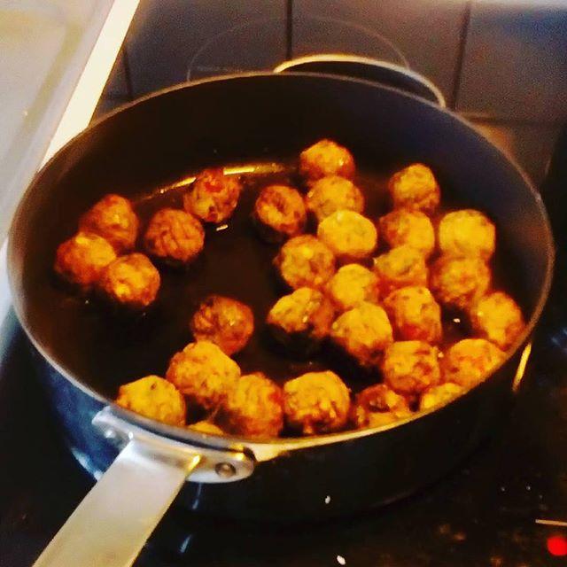 #Repost @sannalilja89 ・・・ Det blir vegetariskt hemma idag - Grönsaksbullar #ikeahållbaraihop