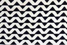 Le Ndomo Triangle Noir Blanc