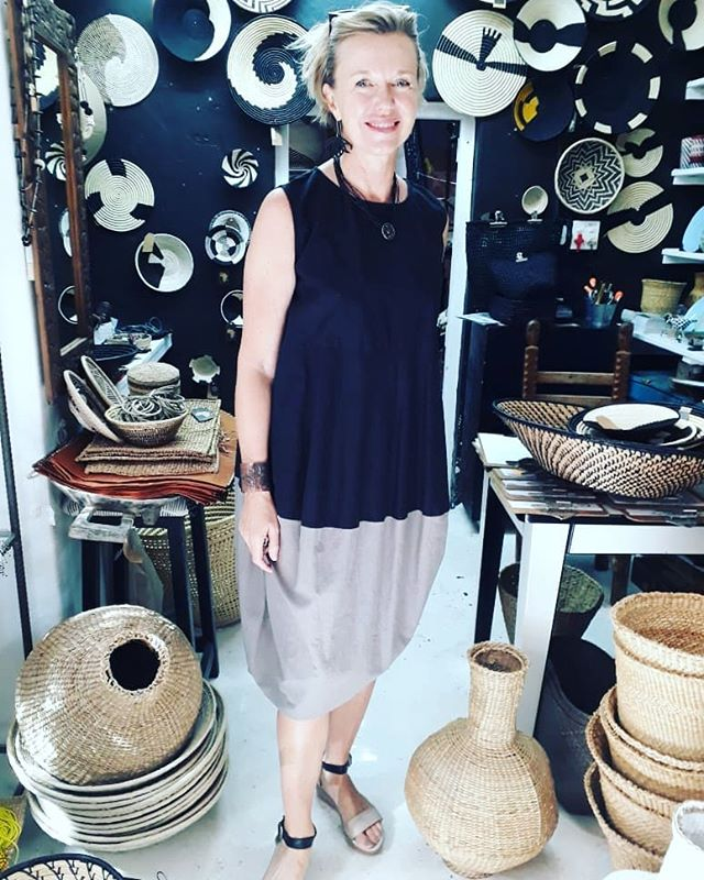 "A ""Made in Cape Town"" Beverly Smart dress sells to a lovely client at @design.afrika #contemporaryfashion #britishdesign #ss19 #handmade #elegant #madeinfrance #fashion #designer #womensfashion #chic #fashionista #womensclothing #lagrasse #mode #style  #couture #realwomen #madeinsouthafrica #beverlysmartdesigns"