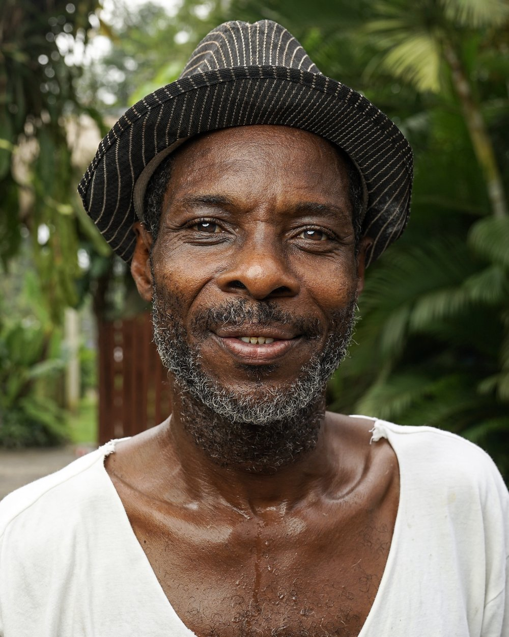 This is Austin, a pipas seller and from one of the original African-Caribbean families that settled in the area. He is much loved by the community