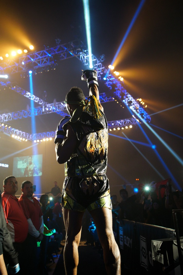 Simon Marcus enters the ring before claiming the GLORY Middleweight crown at GLORY 27 Chicago.