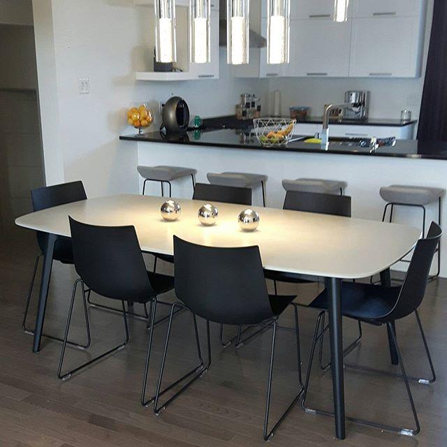 #keilhauer_design repond aussi aux besoins résidentiel (Cahoots, Trua et Syz)