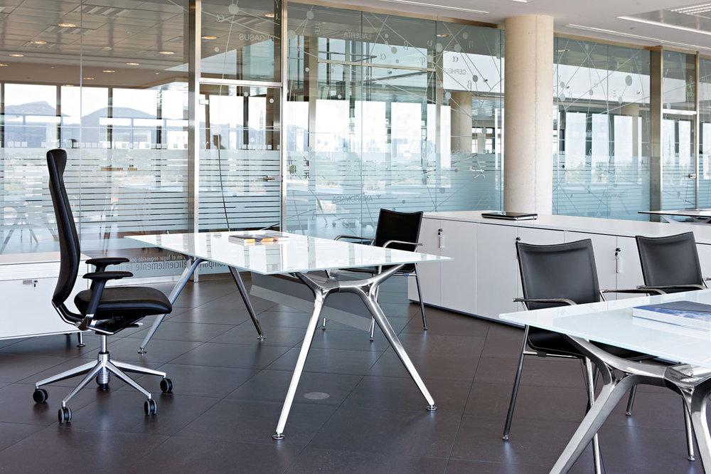 ARKITEK / Tusch Seating
