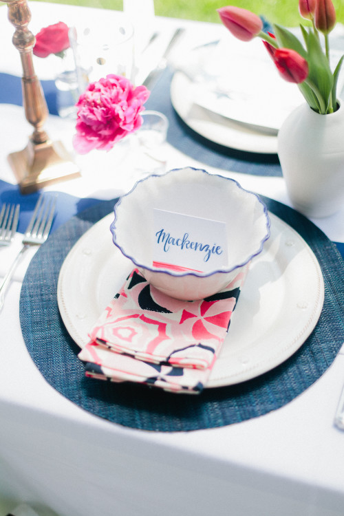 design-darling-fourth-of-july-party-table-setting-500x750.jpg