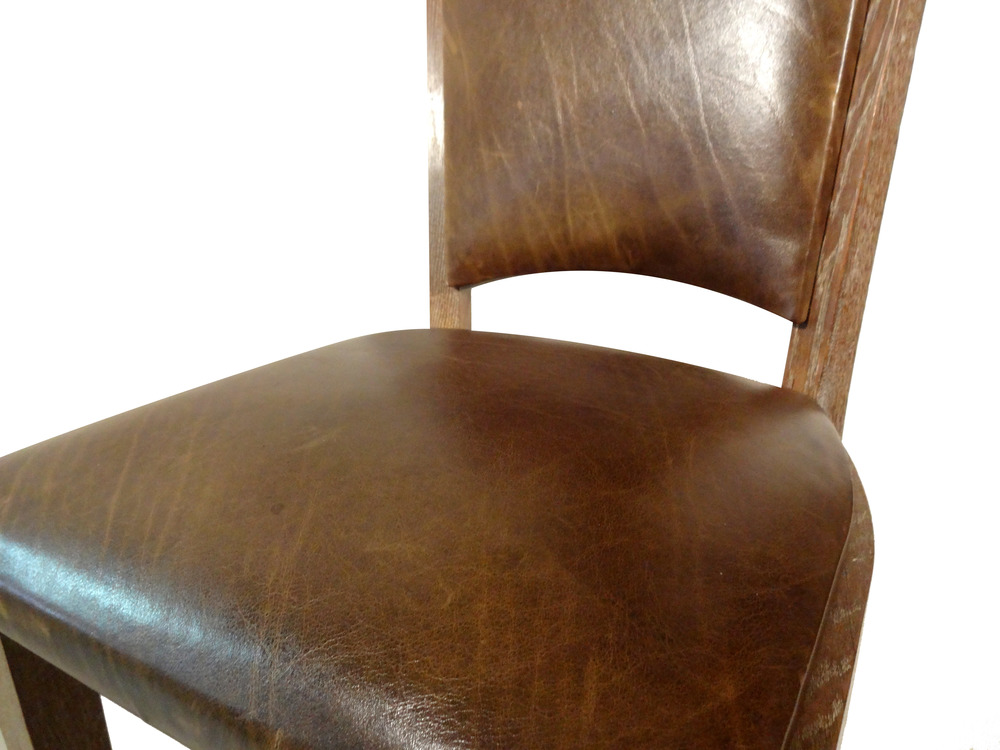 oak chairs detail.jpg