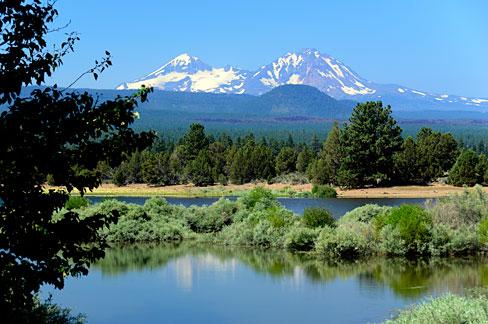 Upper Tumalo Reservoir - Gary Halvorson, Oregon State Archives
