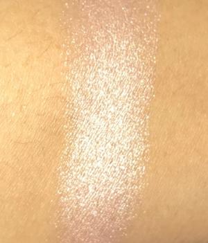 Plissé Lumière with flash